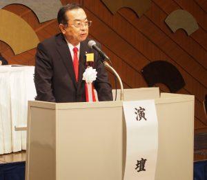 報告事項を説明する秋山始専務理事(神奈川県本部長)