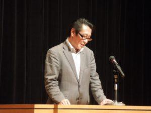 挨拶をする阿部横須賀支部長