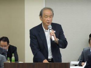審議事項を説明する川口組織活性化委員長